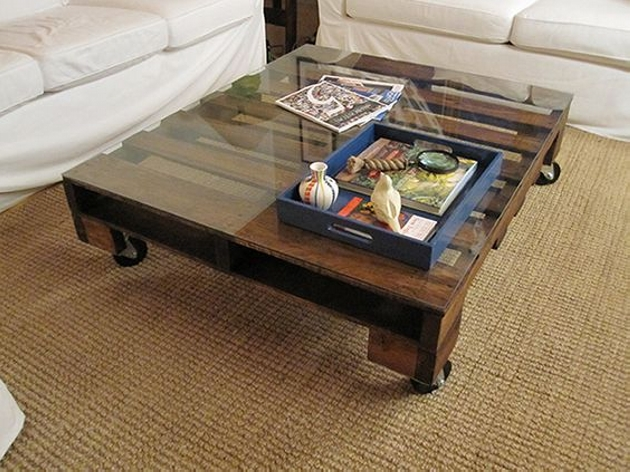 Amazing Pallet Coffee Table