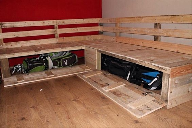 Pallet Couch with huge storage