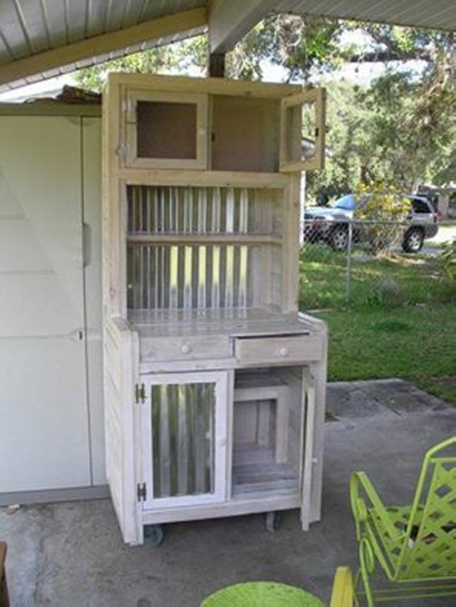 Pallet Wood cupboard