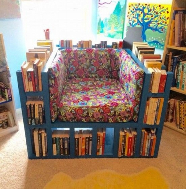 Recycled Pallet Bookshelf Chair