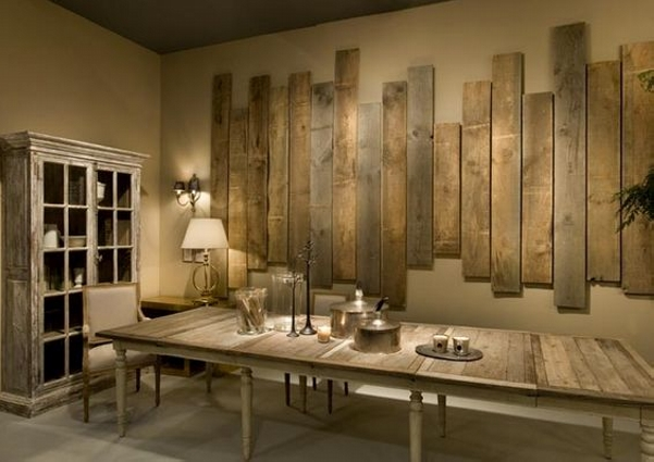 Upcycled Decor with Pallet Wall Art