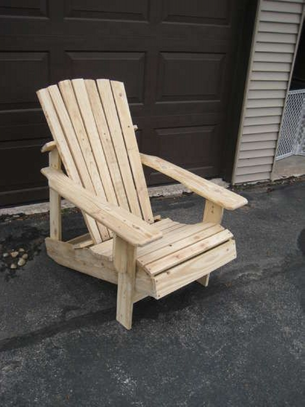 Upcycled Pallets Adirondack Chair