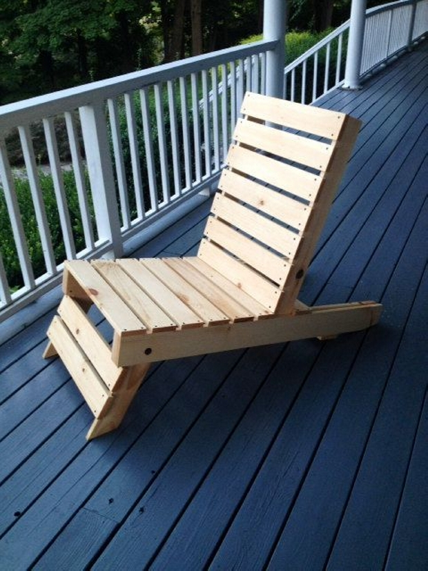 foldable pallet chair