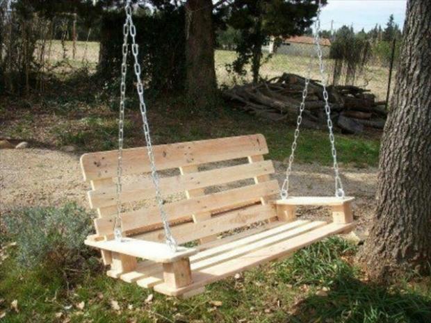 garden pallet swing
