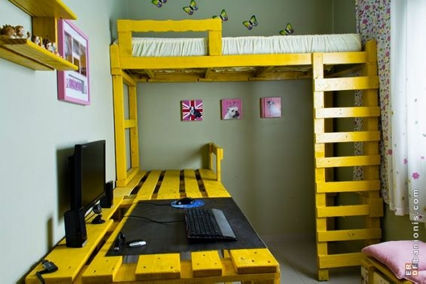 pallet bunk bed attached to pc desk