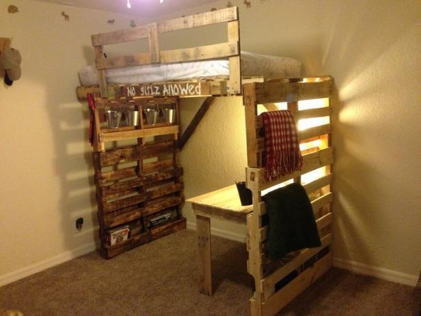 Astonishing Ideas For Pallet Loft Bunk Beds Wood