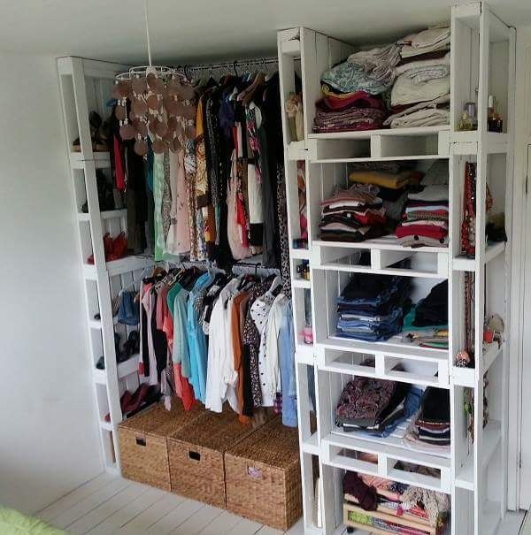 pallet cloths wardrobe