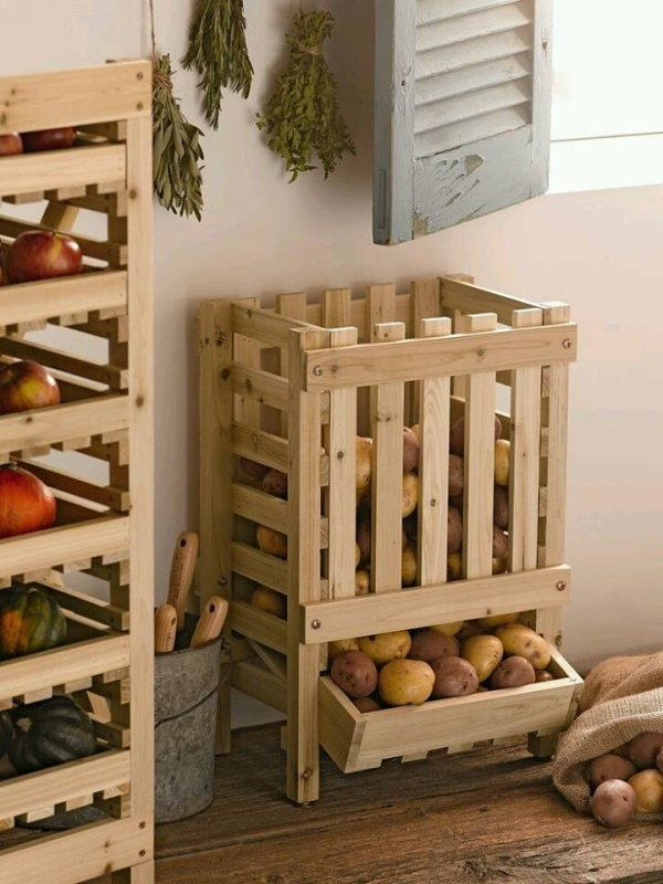 pallet fruit storage