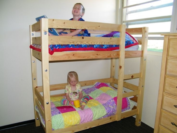 pallet toddler bund beds