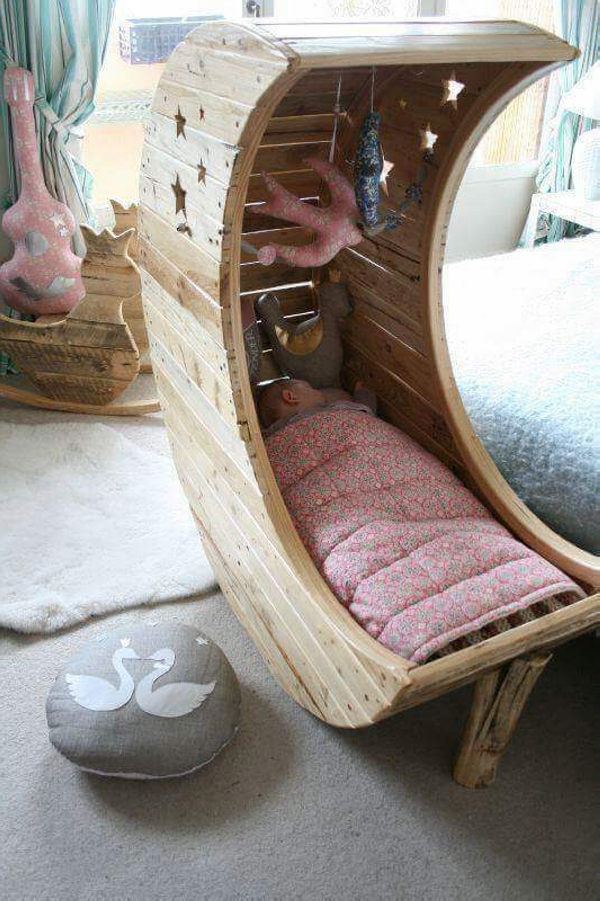 pallet toddler chair