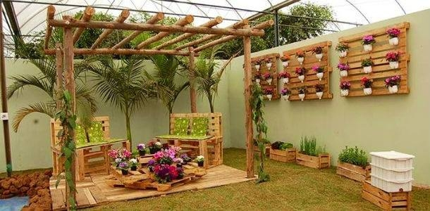 patio garden deck with pallets