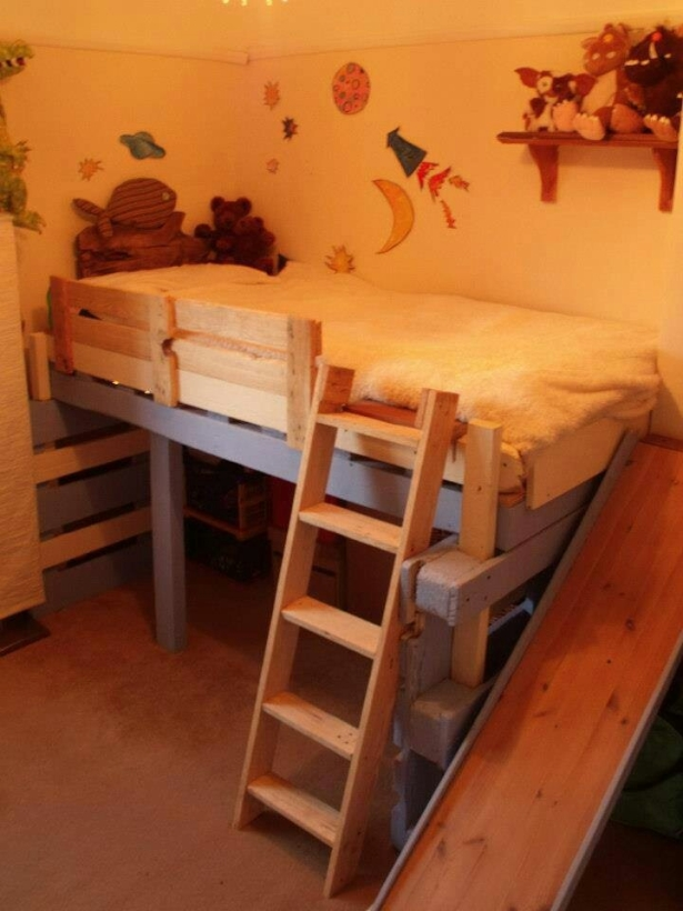 unique pallet bunk bed