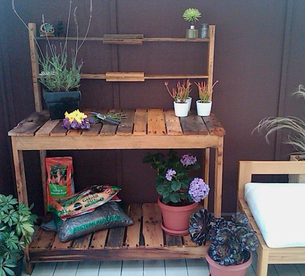 Wood Pallet Potting Table