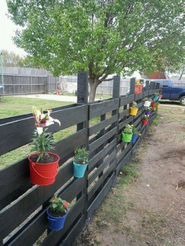 cute garden pallet fence