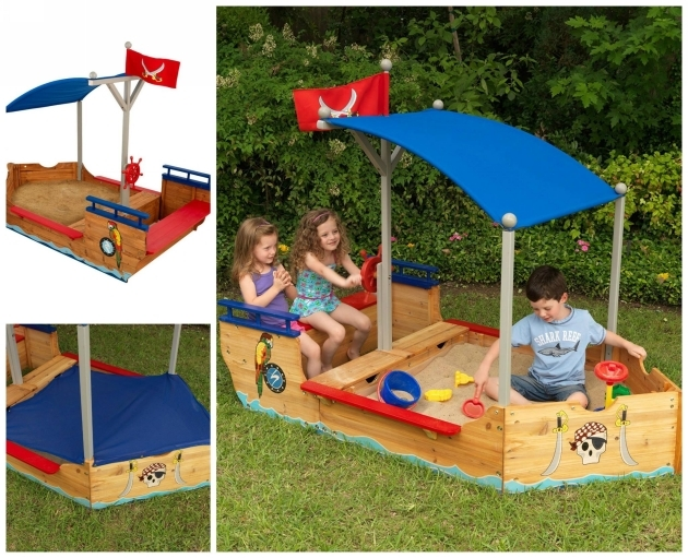 pallet made Pirate Sandboat