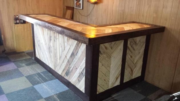 pallet made bar