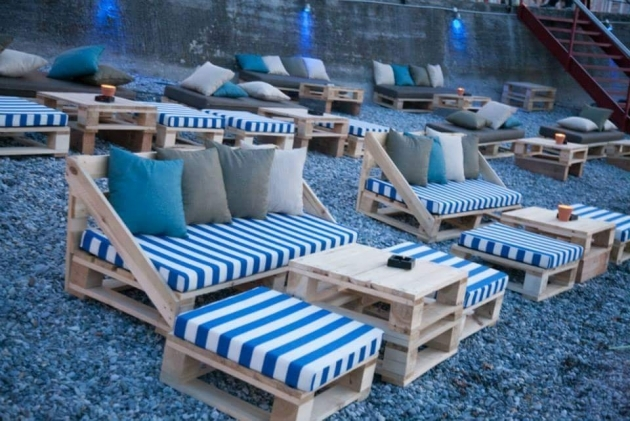 pallet patio seating arrangements