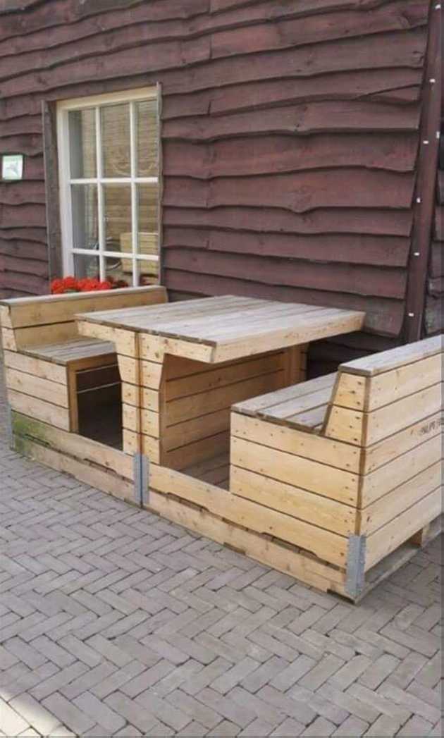 patio pallet seating